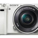 Sony Alpha 6000 Systemkamera + Objektiv SEL-P1650 (16-50mm) in Weiß für 529€ (statt 629€)
