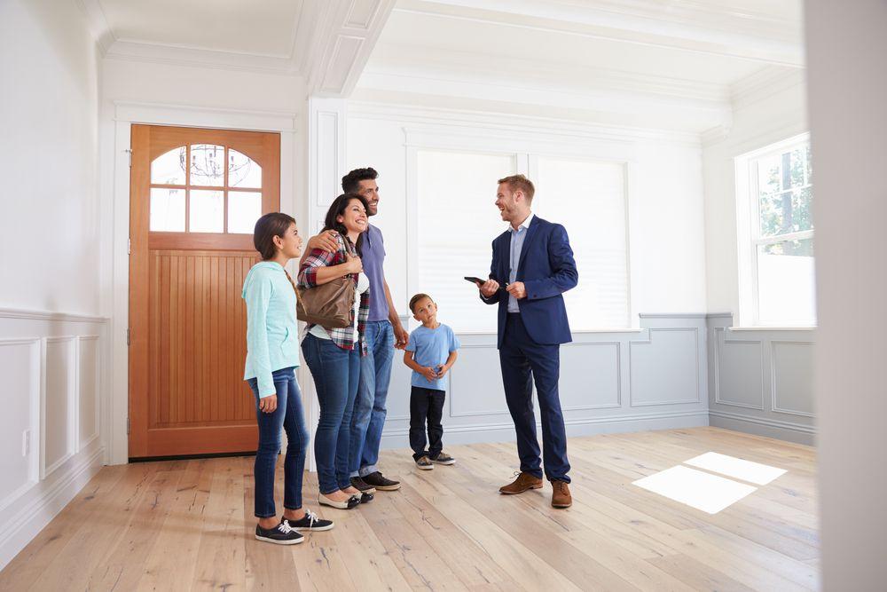 Ratgeber Wohnung mieten: Geld sparen bei der Wohnungssuche