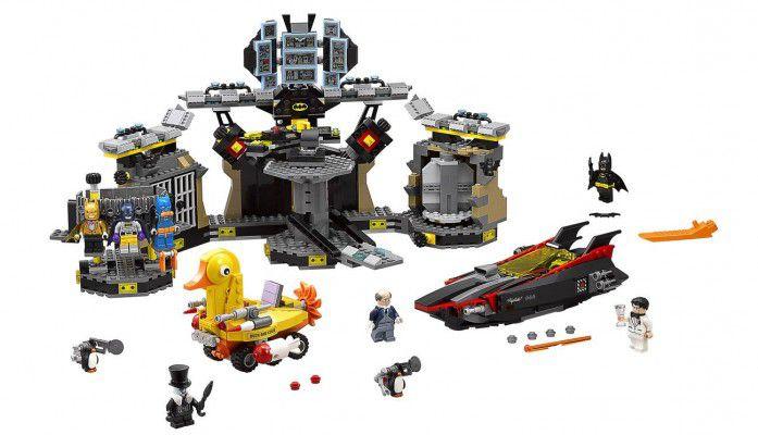 LEGO Batman (70909)   Batcave Einbruch für 76,49€ (statt 87€)