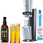 Sodastream Crystal Trinkwassersprudler + 60 Liter Zylinder + Glaskaraffe + 2 Bier Gläser + Bierkonzentrat für 3 L für 89€