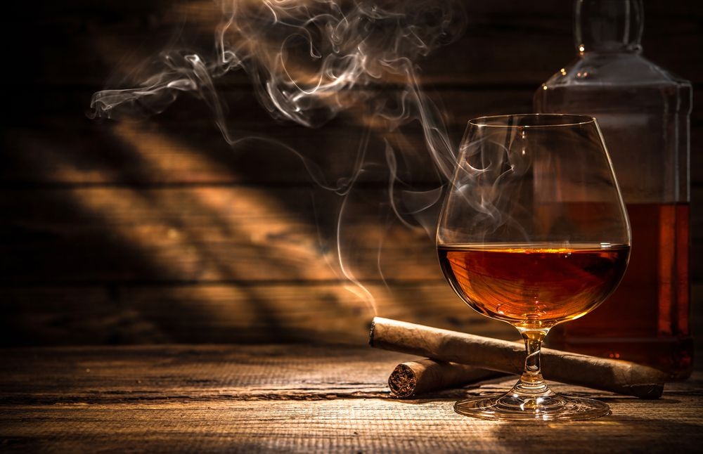 Tabak und Alkohol Ratgeber Zollgebühren: Was ist bei Online Bestellungen aus dem Ausland zu beachten?