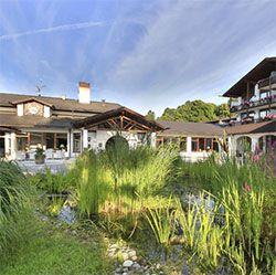 2 ÜN in Oberbayern im 5* Hotel inkl. HP, Wellness & Minibar (Kind bis 5 kostenlos) ab 199€ p.P.