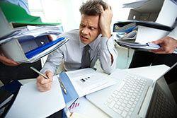 Steuererklärung für Arbeitnehmer: Durchschnittlich bis zu 900€ Rückerstattung möglich