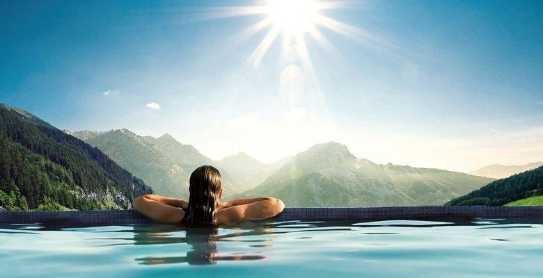 Premium Hotel Angebote bei vente privee   z.B. 3 ÜN im 5* Göbels Schlosshotel mit HP ab 289€ (statt 352€)