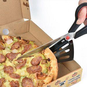 Pizza Schere in Grün oder Rot für ~4,87€