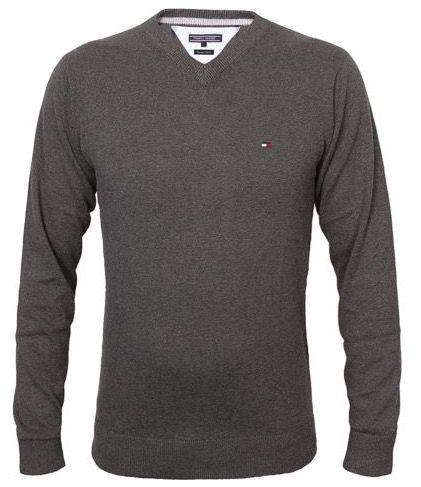 Versch. Tommy Hilfiger Pacific V Neck Pullover für 26,99€ inkl. VSK