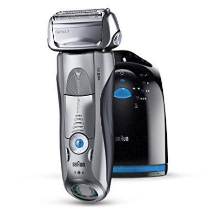 Braun Series 7 790cc 4 Rasierer mit Reinigungsstation für 155,90€ (statt 180€)