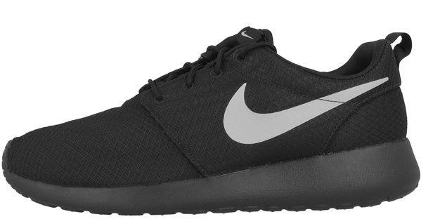 Nike Roshe One   Sneaker für Herren und Damen ab 55,17€