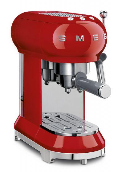 """Jahresabo der Zeitschrift """"GQ"""" + Smeg Espresso Maschine für 249€ (idealo: 331€)"""