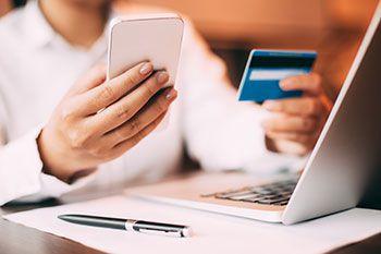 Online bezahlen – welche Zahlungsmittel gibt es?