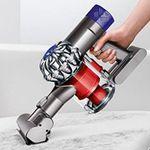 Dyson V6 Total Clean beutel- & kabelloser Staubsauger inkl. 3 Elektrobürsten für 359,99€ (statt 445€)