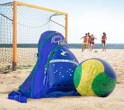 Pelé Beach Fußball Set inkl. Rucksack und Ballnetz für 8,94€