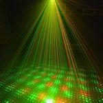 Mini Disco Laser Projektor mit Stativ für 10,99€ inkl.Versand
