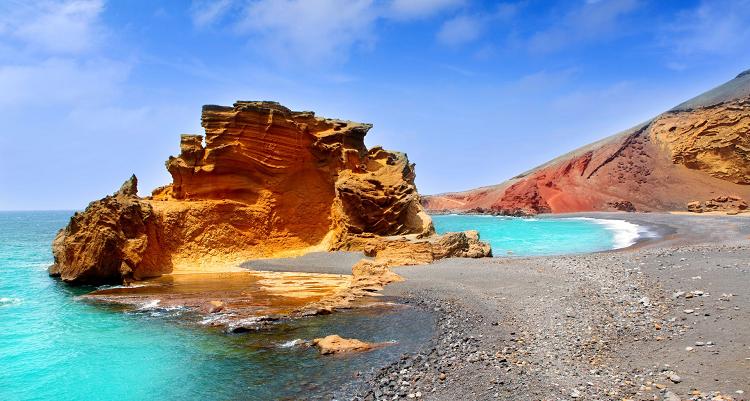 7 o. 14 Nächte auf Lanzarote inkl. All Inclusive Verpflegung + Flüge ab 499€ p.P.