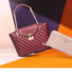 Love Moschino Sale mit bis zu 55% Rabatt bei Vente Privee – u.A. Handtaschen, Portemonnaies und Rucksäcke