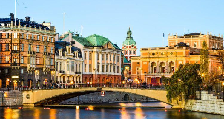 2   4 ÜN in Stockholm im 4* Hotel inkl. Frühstück + Flüge ab 149€ p.P.