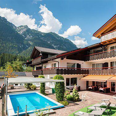 2 ÜN in Garmisch Partenkirchen inkl. Frühstück, Dinner, Wellness & mehr ab 99€ p.P.