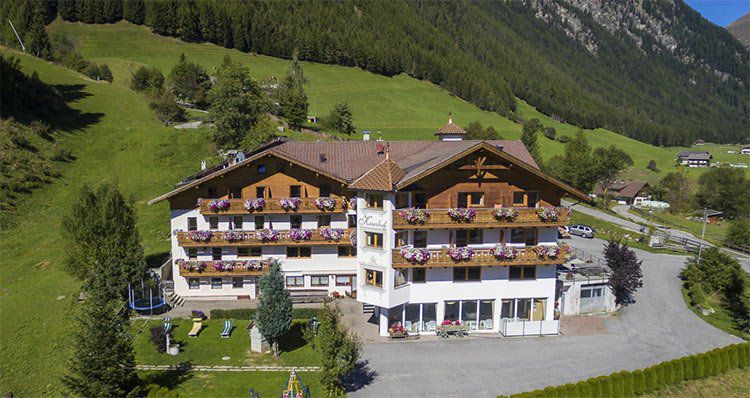 2 ÜN in Südtirol inkl. HP, Wellness & Almencard Plus ab 119€ p.P.