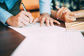 Unnötige Versicherungen Teil I: Sterbegeld  & Insassenunfallversicherung