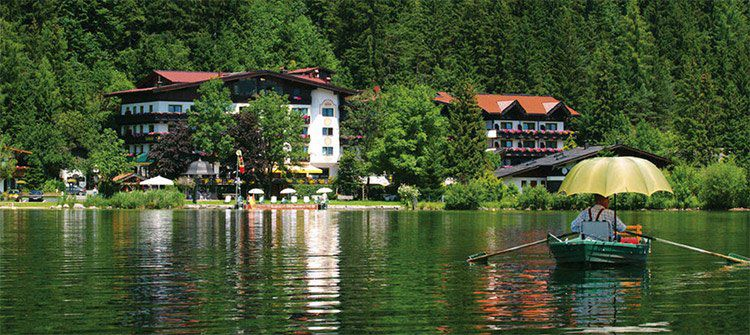 2 ÜN am Tiroler Walchsee inkl. HP & Wellness (Kind bis 2 kostenlos) ab 129€