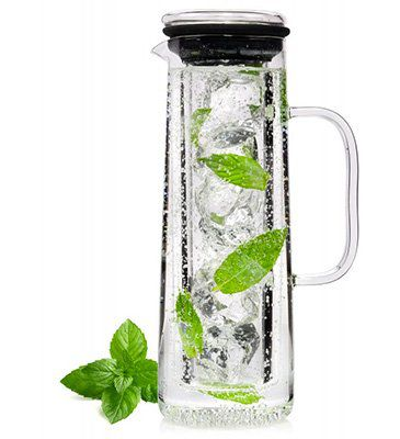 Karaffe aus Glas (0,7 Liter) mit Eiswürfelbehälter für 9,99€ (statt 20€)