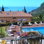 3, 4 o. 7 ÜN im 3,5* Hotel am Gardasee inkl. Halbpension, Poolnutzung, Tennis & mehr ab 99€ p.P.