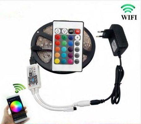 5m USB RGB LED Streifen (Typ 5050) mit Fernbedienung & Netzteil für 12,30€
