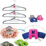 10 Kleiderhaken-Organizer in versch. Farben für je 1,05€