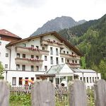 2 ÜN in Tirol inkl. All Inclusive, Sauna & Tia Card (2 Kinder bis 13 kostenlos) ab 77€ p.P.