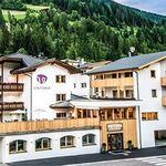 2 ÜN in Südtirol in Familienhotel inkl. Verwöhnpension, Hallenbad, Sauna, Kinderbetreuung & Gästekarte ab 154€ p.P.