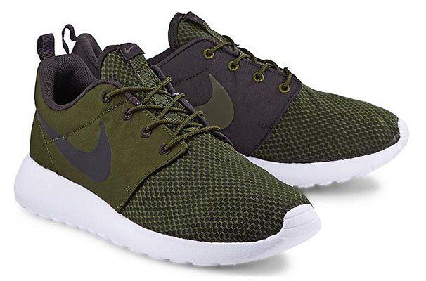 Nike Sneaker ROSHE ONE SE in braun für 47,47€ (statt 76€)