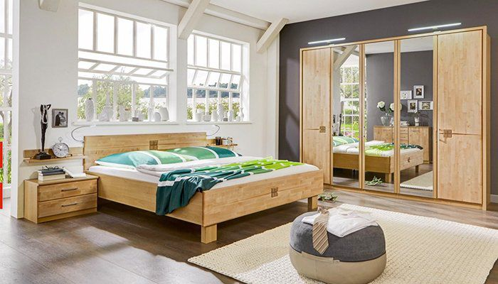 Komplettes Schlafzimmer in Erlefarben (teilmassiv) für 666€ + keine Speditionskosten