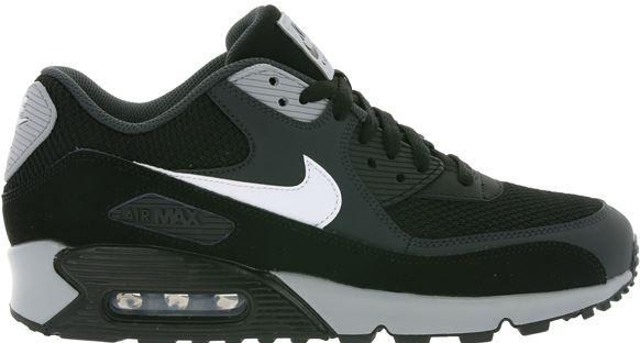 Nike Air Max 90 in schwarz statt 104€ für 79,99€