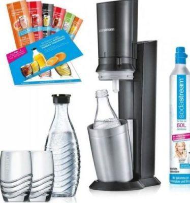 SodaStream Crystal 2.0 Wassersprudler Set mit 2 Glaskaraffen + 2 Tringkläser + 6 x Sirup für 111€