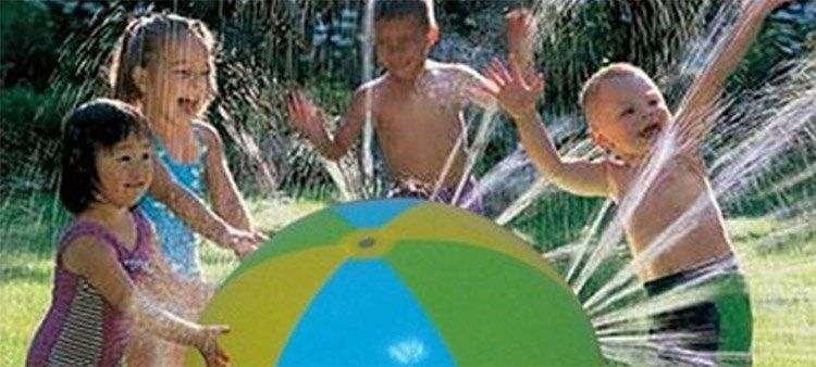 Aufblasbarer Sprinkler Wasserball für 11,62€