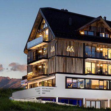 2 ÜN in Tiroler Designhotel inkl. Verwöhnpension, Wellness & Sommer Card ab 179€ p.P.