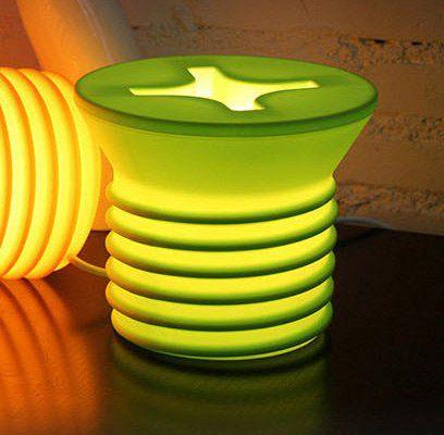 Lampe in Schraubenform für 6,34€