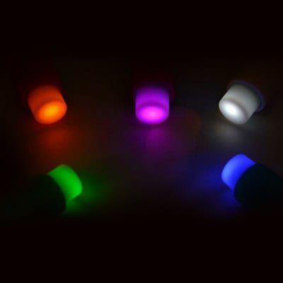 Pins mit Licht im 5er Pack für 0,83€