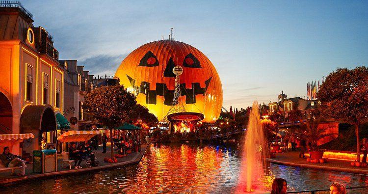Halloween Special: 1 Tagesticket Europa Park + 1   3 ÜN im 3* Hotel mit Frühstück + Photo Gutschein ab 79€ p.P.