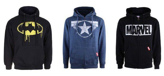 DC und Marvel Klamotten Sale bei vente privee   z.B. Superman Torn Logo T Shirt für 13,90€ (statt 20€)