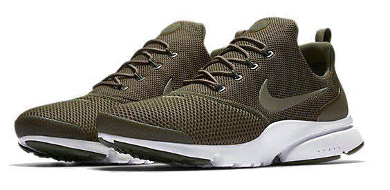 Nike Presto Fly Herren Sneaker für 50,23€ (statt 67€)
