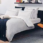 Tommy Hilfiger Bettwäsche, Decken, Kissen und Bademäntel bei vente-privee