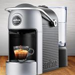 LAVAZZA Jolie Plus – Kaffeekapselmaschine + Zubehör & 152 Kapseln für 87€ bei Vente-Privee