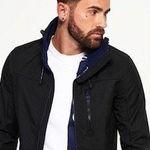 Verschiedene Superdry Jacken für Herren und Damen für 41,95€