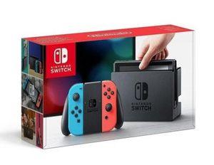 Nintendo Switch mit Joy Cons in Grau oder Rot/Blau für 273,06€ (statt 299€)