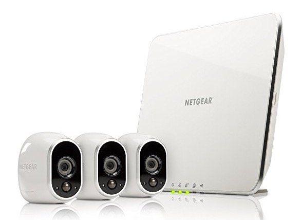 Netgear Arlo VMS3330 Sicherheitssystem mit 3 Kameras für 284,10€ (statt 360€)