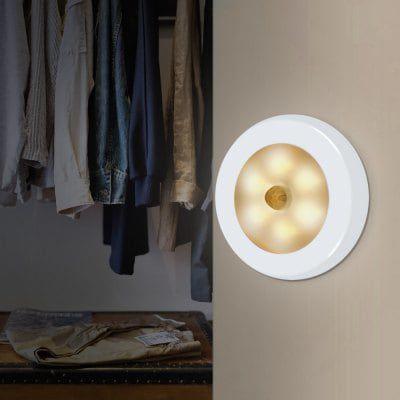 LED Nachtlicht mit 6 LEDs & Bewegungsmelder für 3,62€