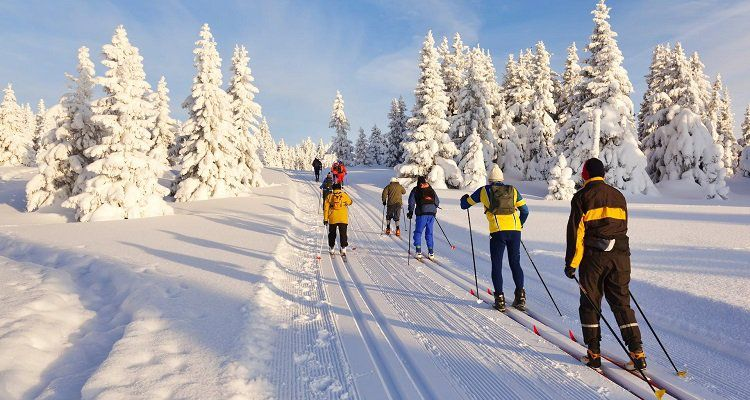 2 o. 3 ÜN im 3* Hotel in Tirol inkl. Halbpension, Wellness, Gästekarte, Biathlon, Fackelwanderung, etc. ab 129€ p.P.