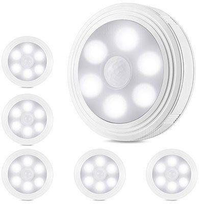 Utorch Nachtlicht mit 6 LEDs und Bewegungssensor für 1,74€