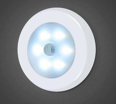 Utorch Nachtlicht mit 6 LEDs und Bewegungssensor für nur 3,31€